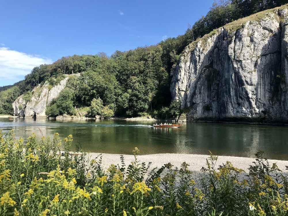 Romantisch und schön: Mit der Zille on Kelheim nach Weltenburg