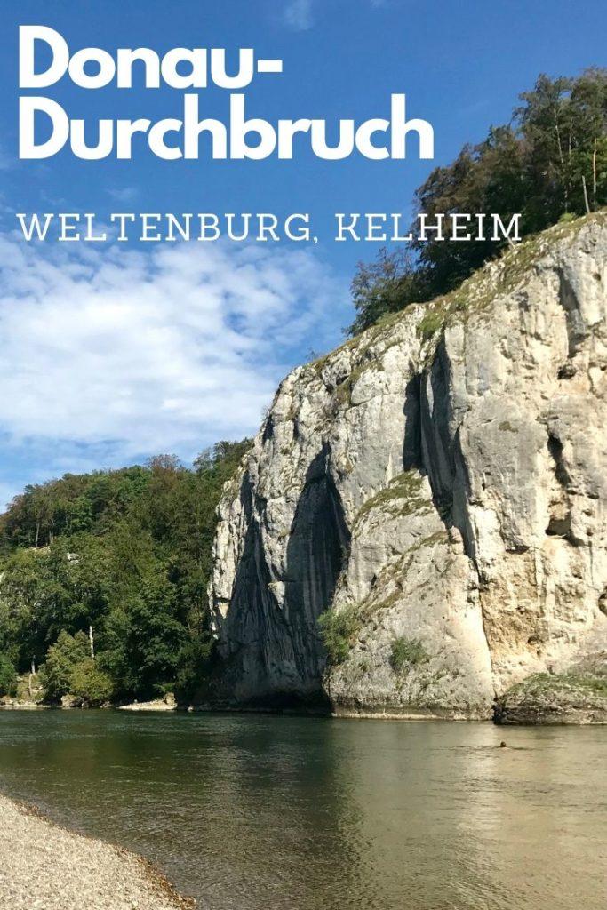 Die enge Stelle bildet mit den Felsen und der Donau den Donaudurchbruch Weltenburg