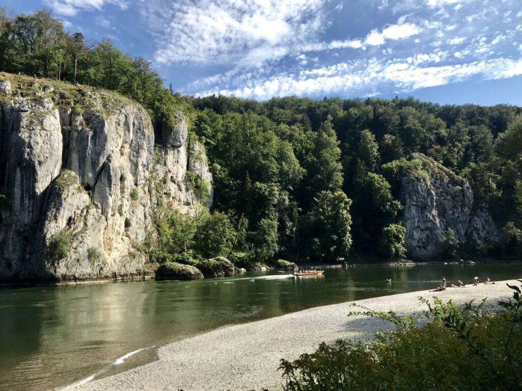 Der Donaudurchbruch nahe Kelheim in Bayern